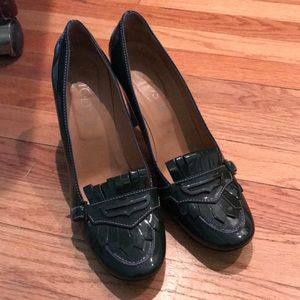 Tod's patent Manila loafer heels